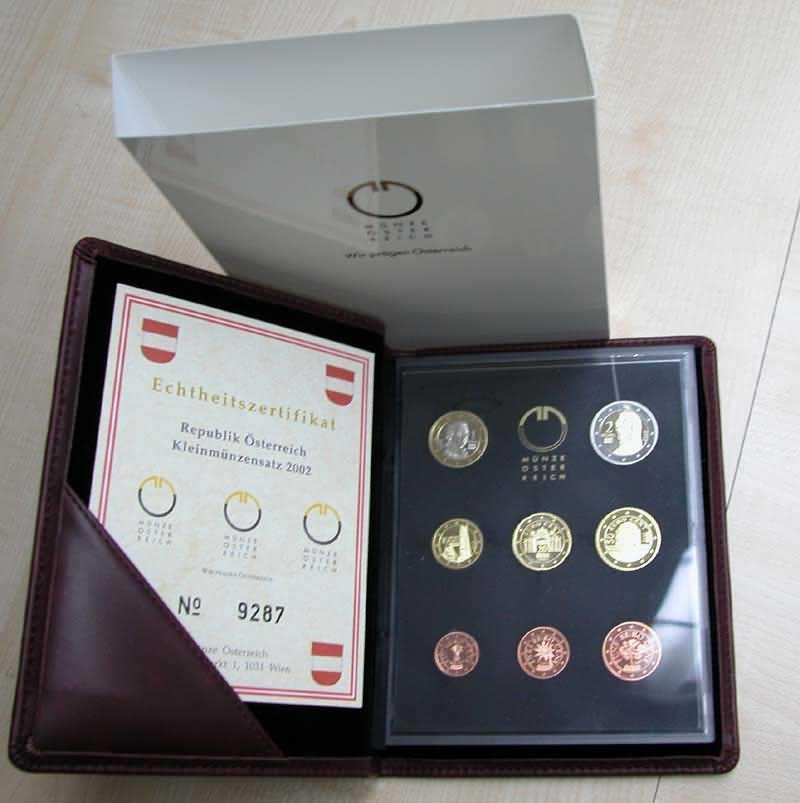Lieferumfang:Österreich : 3,88 Euro KMS Österreich  2002 PP KMS Österreich 2002 PP