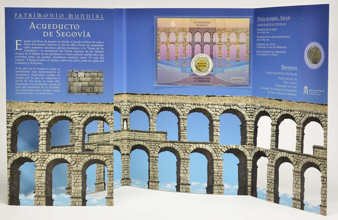 Lieferumfang:Spanien : 2 Euro Altstadt und Aquädukt von Segovia + 2x5 Euro Briefmarken  2016 Stgl.