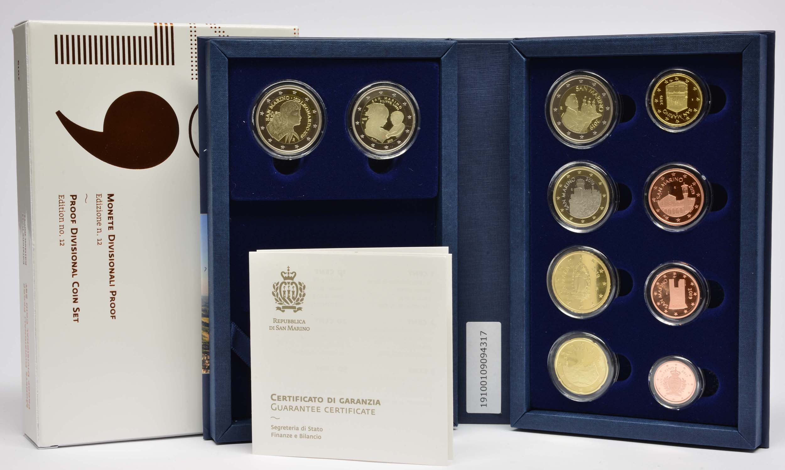 Lieferumfang:San Marino : 7,88 Euro KMS San Marino mit 2 x 2 Euro Gedenkmünzen  2019 PP