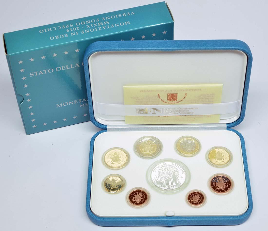 Lieferumfang:Vatikan : 23,88 Euro KMS Vatikan mit 20 Euro Gedenkmünze  2019 PP