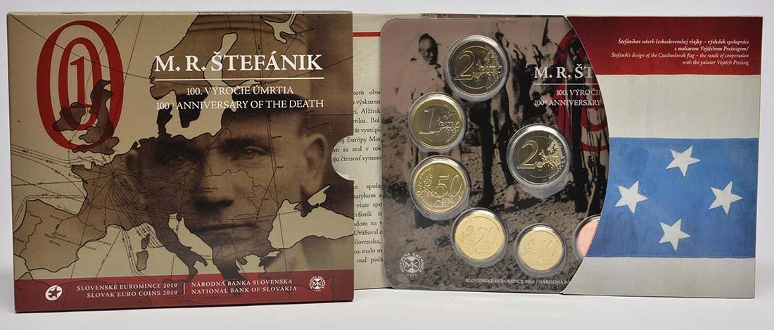 Lieferumfang:Slowakei : 5,88 Euro KMS Slowakei incl. 2 Euro Gedenkmünze Stefanik  2019 Stgl.