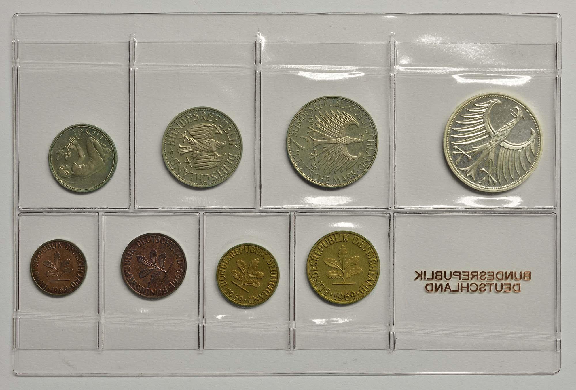 Rückseite:Deutschland : 8,68 Mark Original verschweißt  1969 PP
