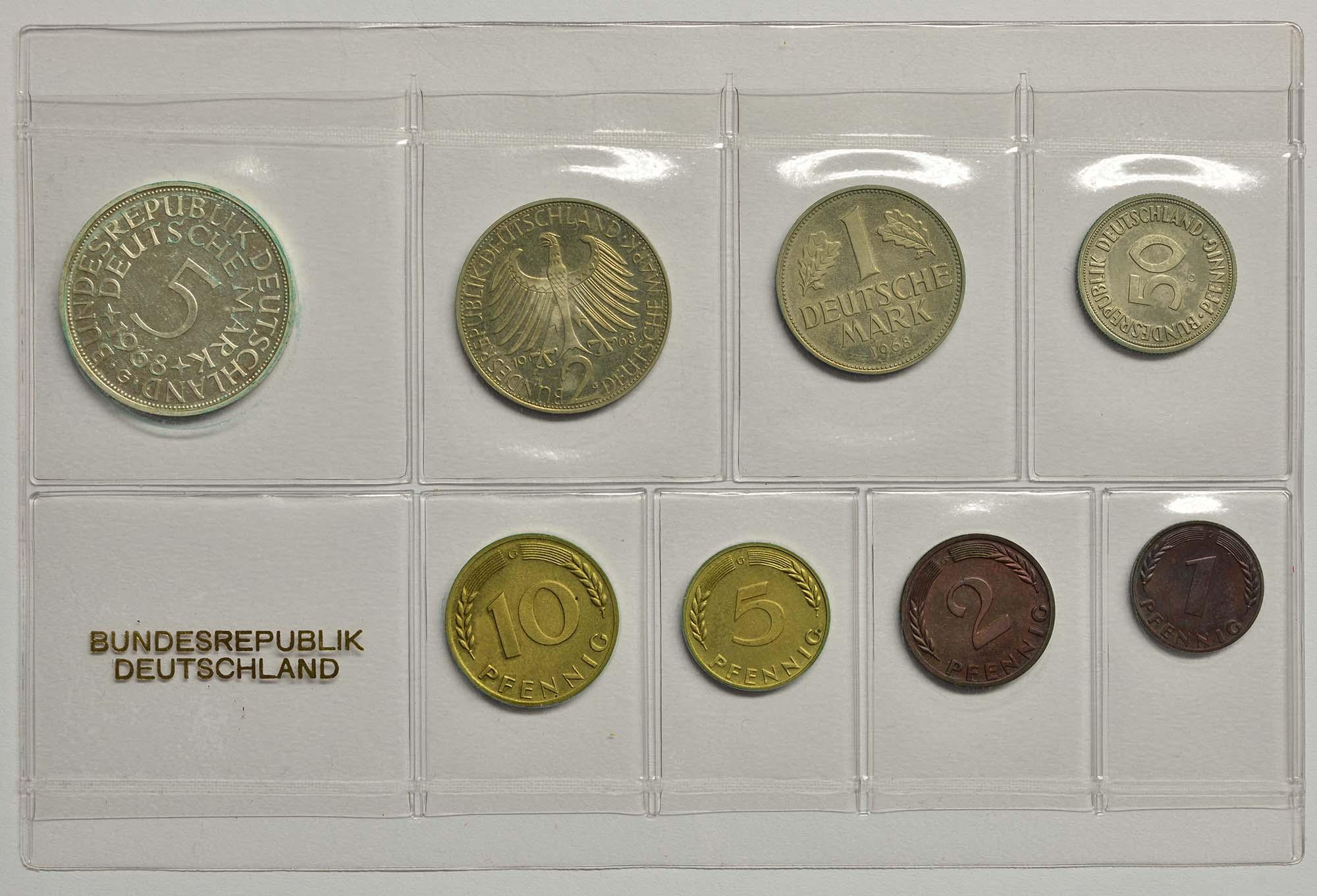 Lieferumfang:Deutschland : 8,68 Mark Original verschweißt mit 2 Pfennig -Eisen- -sehr selten !- 1968 PP