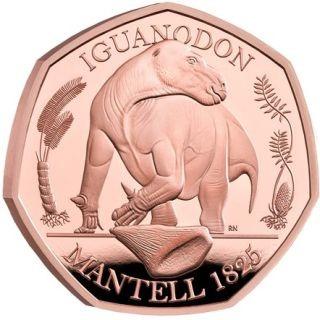 Vorderseite:Großbritannien : 50 Pc Dinosaurier Kollektion - Iguanodon   im Etui  2020 PP