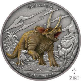 Vorderseite:Niue : 2 Dollar Triceratops - Dinosaurier  #2  2020 PP