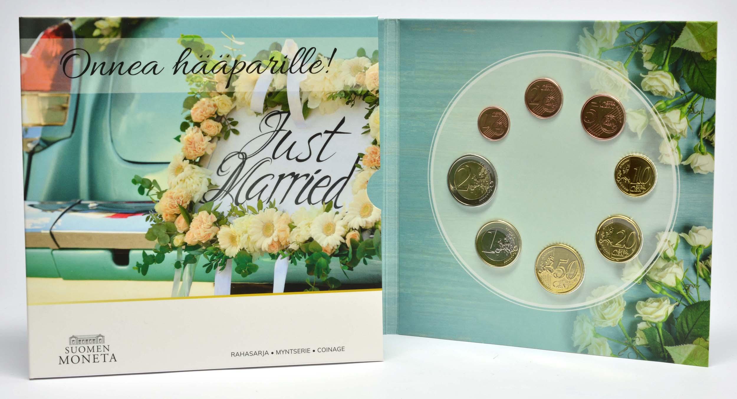 Lieferumfang:Finnland : 3,88 Euro KMS Finnland Hochzeit  2021 Stgl.