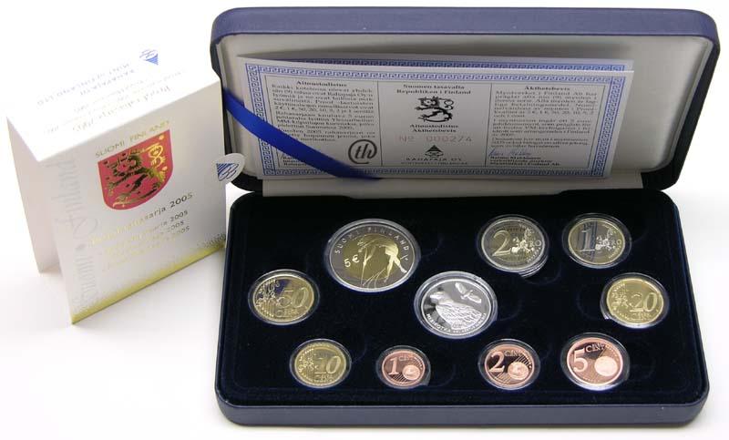 Lieferumfang:Finnland : 8,88 Euro original Kursmünzensatz der finnischen Münze (mit Silbertoken) in Originaletui mit Zertifikat  2005 PP
