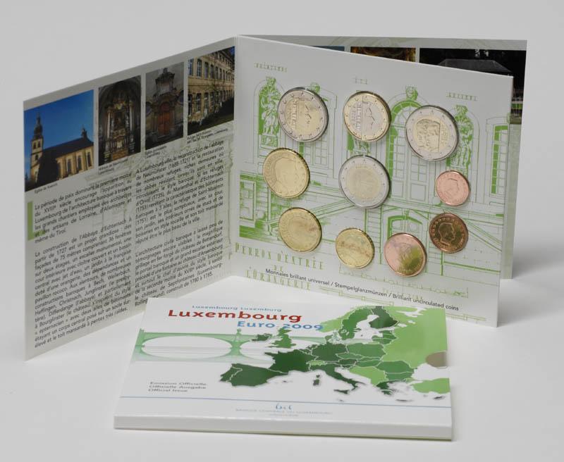 Luxemburg : 7,88 Euro original Kursm�nzensatz aus Luxemburg mit zus�tzlicher 2 Euro Gedenkm�nze (10 Jahre Euro und Charlotte)  2009 Stgl. KMS Luxemburg 2009
