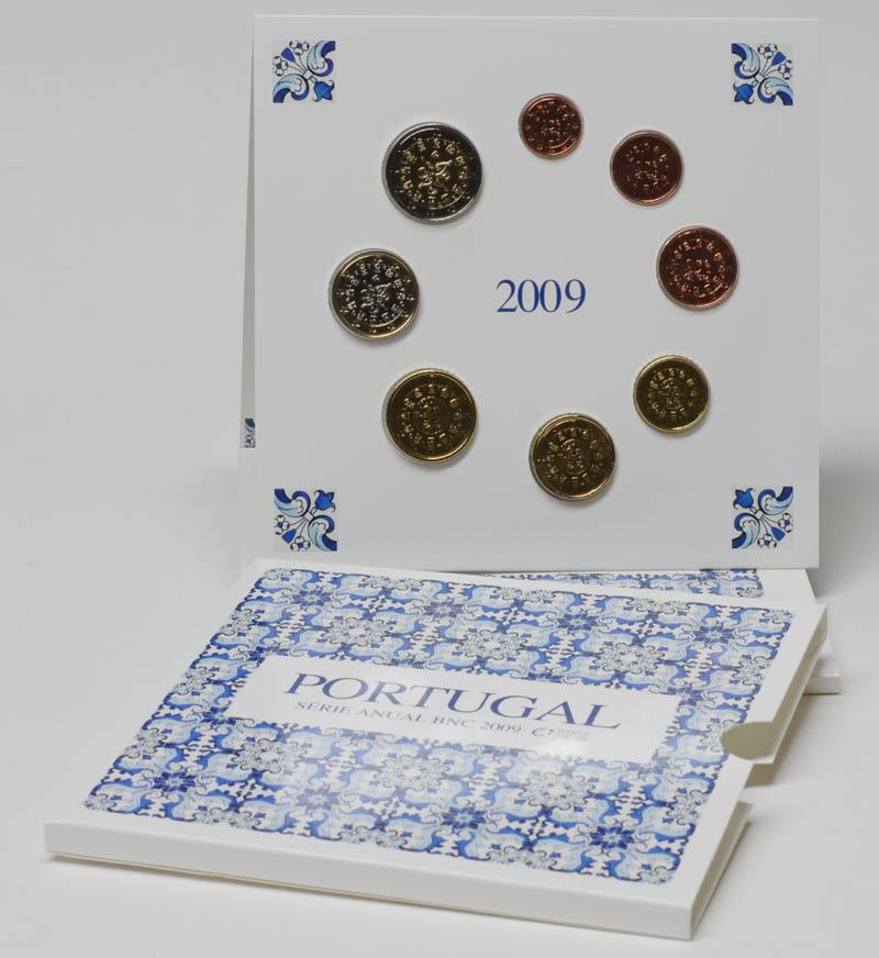 Lieferumfang:Portugal : 3,88 Euro original Kursmünzensatz aus Portugal  2009 Stgl. KMS Portugal 2009 BU