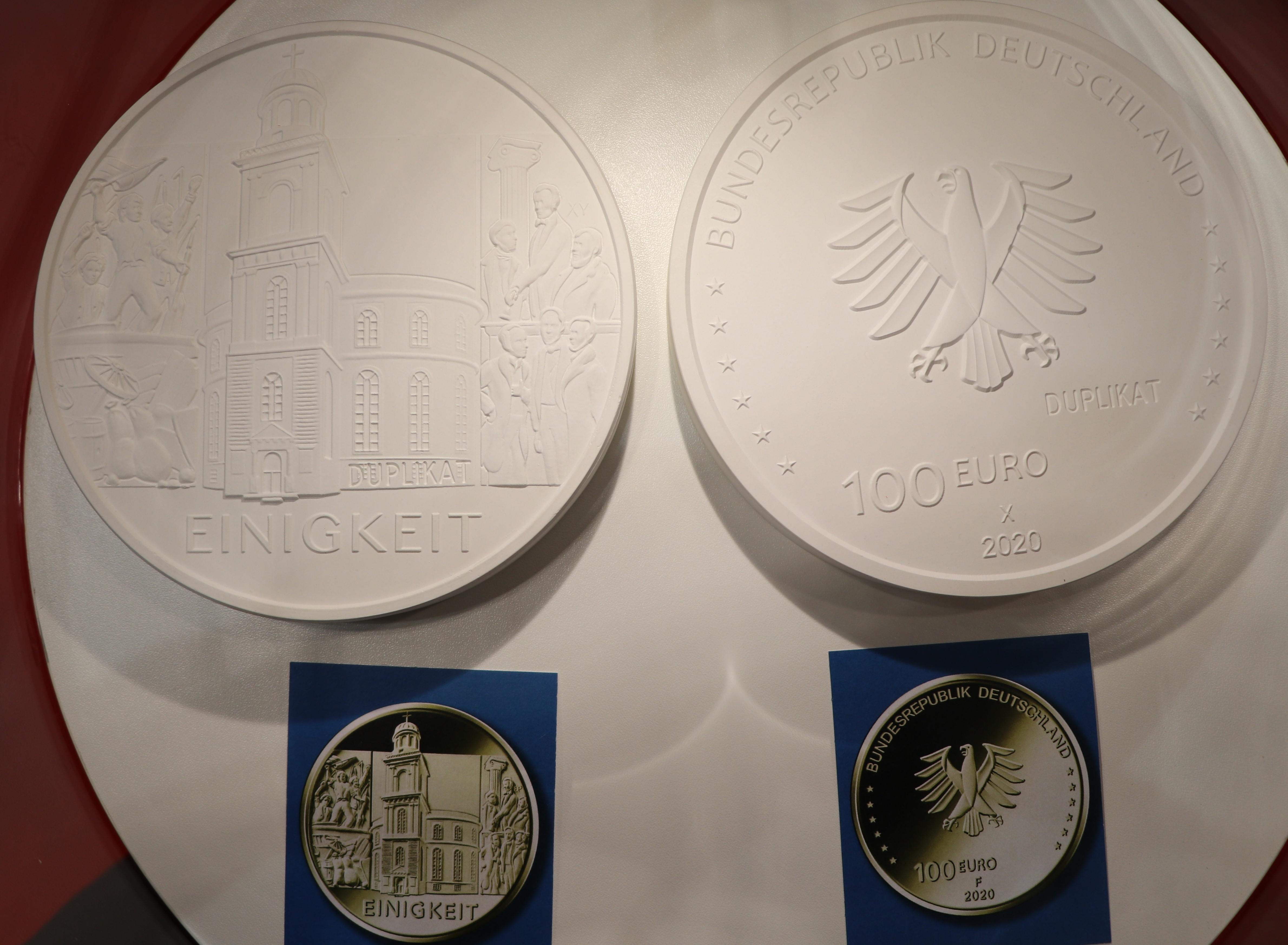 100 Euro Deutschland.jpg
