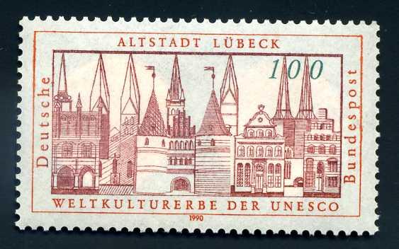 DE 015 1990 Altstadt Lübeck.jpg