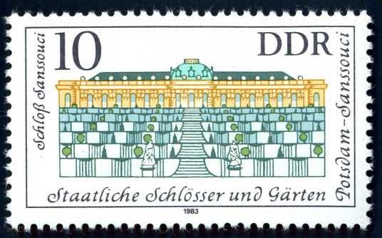 DE 366 DDR 1983 Schloss Sanssouci.jpg