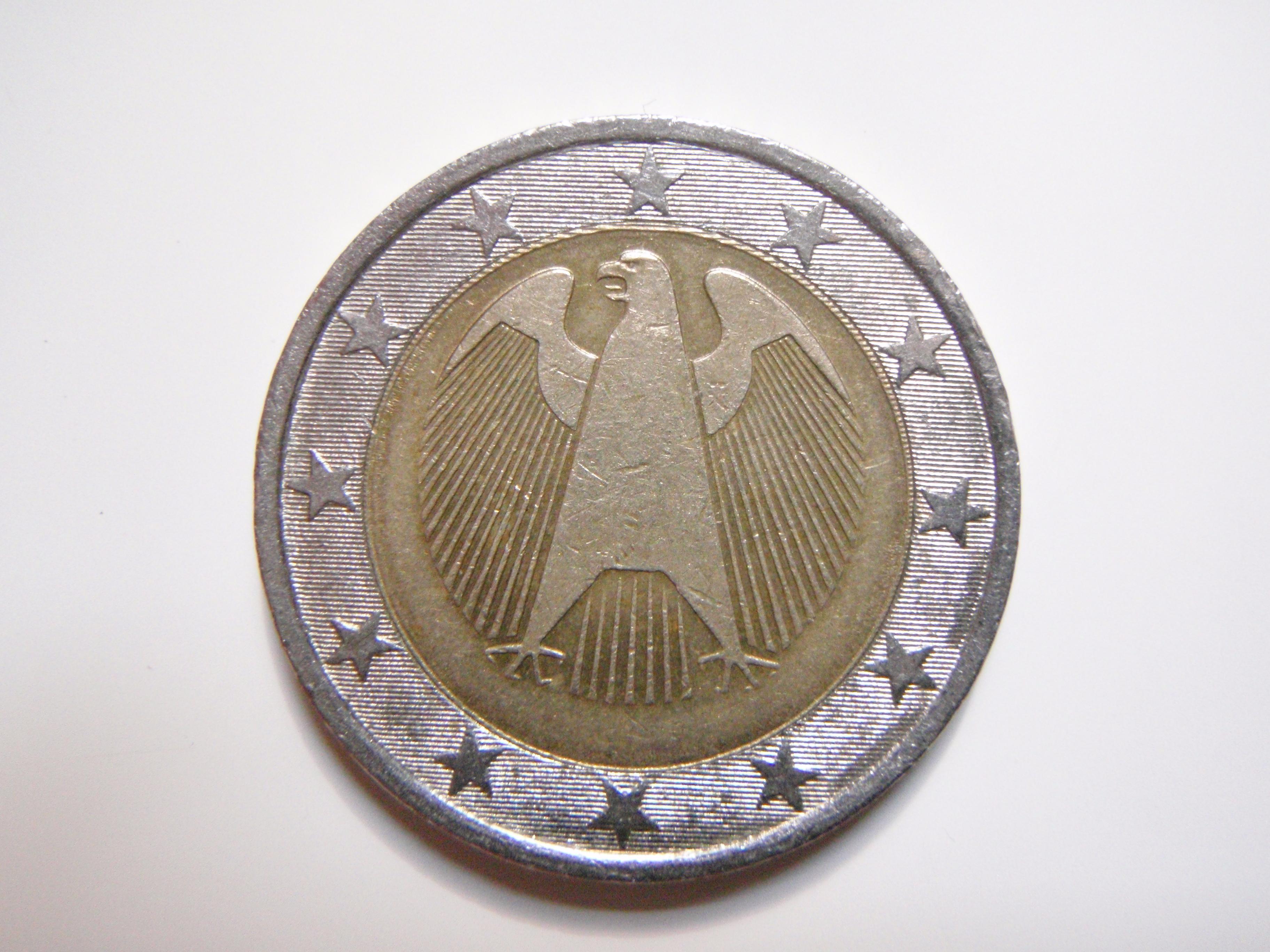 2 Euro Drehende Sterne Mit Eurorandschrift