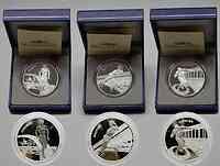 """Frankreich : 4,5 Euro 3 x 1,5 Euro - Set . Motive : """"Laufen, Springen, Werfen"""", inkl. Originaletuis und Zertifikaten  2003 PP"""