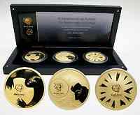 Portugal : 24 Euro II. Ausgabe 3 x 8 Euro zur Fußball EM Portugal 2004 im Originaletui mit Zertifikat  2004 PP