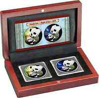 "China : 20 Yuan 2x10 Yuan 2019 Silberpanda Farbset ""Night & Day"" im Holzetui 2019 Stgl."