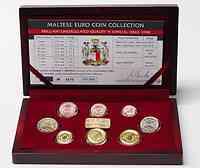 Malta : 3,88 Euro original Kursm�nzensatz aus Malta in Holzkassette  2008 Stgl. KMS Malta 2008