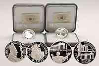 Vatikan : 15 Euro Set : 5 Euro Weltfriedenstag und 10 Euro 450 Jahrestag der Kolonaden auf dem Petersplatz  2006 PP 5 und 10 Euro Vatikan 2006; 5 Euro Vatikan 2006; 10 Euro Vatikan 2006