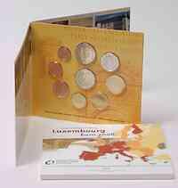 Luxemburg : 5,88 Euro original Kursmünzensatz aus Luxemburg mit zusätzlicher 2 Euro Gedenkmünze (Chateau Berg)  2008 Stgl. KMS Luxemburg 2008 BU Stgl.
