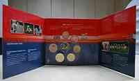 Niederlande : 3,88 Euro Originalsatz aus den Niederlanden gute Taten Satz  2002 Stgl. KMS Niederlande 2002