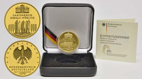Lieferumfang:Deutschland : 100 Euro Gartenreich Dessau-Wörlitz Buchstabe unserer Wahl  2013 Stgl.
