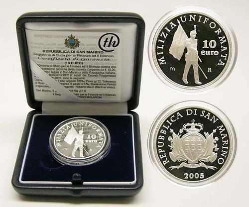 Lieferumfang:San Marino : 10 Euro Uniformiertes Militär  2005 PP