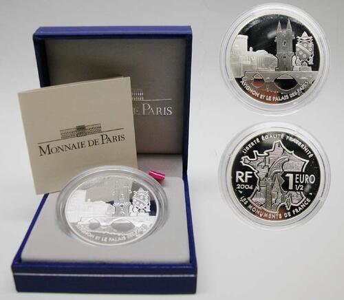 Lieferumfang:Frankreich : 1,5 Euro Papstpalast Avignon  2004 PP