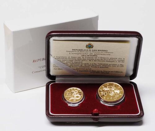 Lieferumfang:San Marino : 70 Euro Set aus 20 + 50 Euro Soziale Zusammenarbeit inkl. Originaletui und Zertifikat  2007 PP 20 50 Euro San Marino 2007