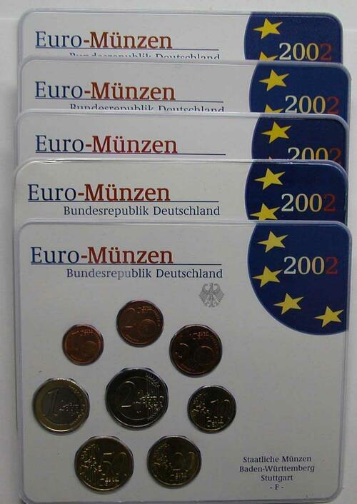 """Lieferumfang:Deutschland : 19,4 Euro kompletter Satz in Originalverpackung """"Bad Homburg""""  2002 Stgl."""
