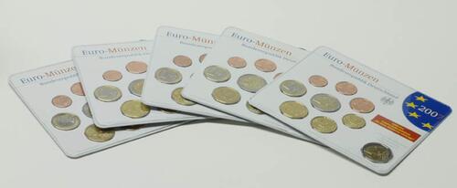 """Lieferumfang:Deutschland : 29,4 Euro kompletter Satz in Originalverpackung """"Bad Homburg"""" - jetzt mit zusätzlicher 5 x 2 Euro Gedenkmünze """"Römische Verträge""""  2007 Stgl. KMS Deutschland 2007"""