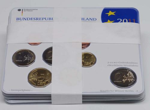 """Lieferumfang:Deutschland : 29,4 Euro kompletter Satz in Originalverpackung """"Bad Homburg"""" - jetzt mit zusätzlicher 5 x 2 Euro Gedenkmünze """"Kölner Dom""""  2011 Stgl."""