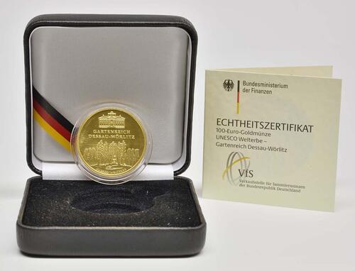 Lieferumfang :Deutschland : 100 Euro Gartenreich Dessau-Wörlitz Buchstabe unserer Wahl  2013 Stgl.
