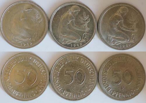 Lieferumfang :Deutschland : 1,5 DM LOT 3 Münzen à 50 Pfennig Mz D G J  1969 Stgl.