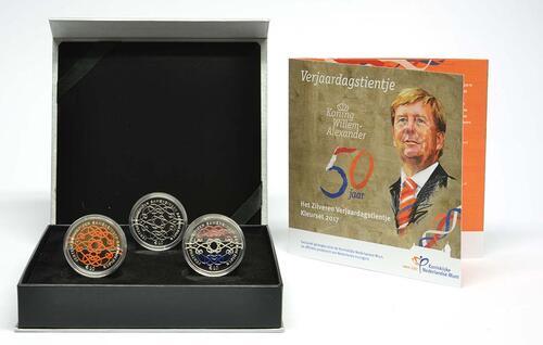 Lieferumfang :Niederlande : 30 Euro 3x10 Euro 50 Jahre König Willem Alexander coloriert  2017 PP