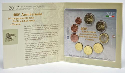 Lieferumfang :Italien : 5,88 Euro KMS Italien inkl. 2 Euro Gedenkmünze  Basilica di San Marco in Venedig  2017 Stgl.