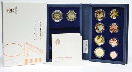Lieferumfang:San Marino : 7,88 Euro KMS San Marino mit beiden 2 Euro Gedenkmünzen Tourismus und Giotto  2017 PP