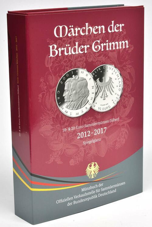 Vorderseite:Deutschland : 80 Euro Münzsammelbuch Grimms Märchen: 10 Euro Märchen, Schneewittchen, Hänsel u. Gretel, Dornröschen 20 Euro Rotkäppchen, Bremer Stadtm.  2017 PP