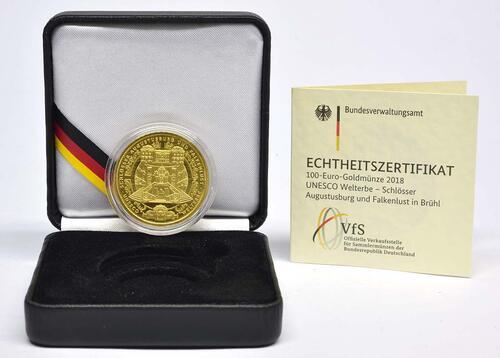 Lieferumfang:Deutschland : 100 Euro Schlösser Augustusburg und Falkenlust in Brühl Buchstabe unserer Wahl  2018 Stgl.