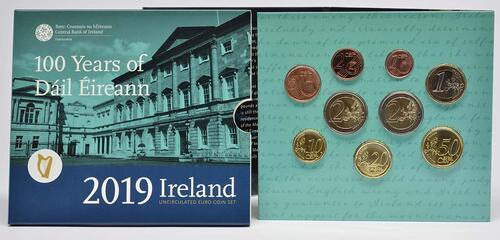 Lieferumfang:Irland : 5,88 Euro KMS Irland inkl. 2 Euro Gedenkmünze Dail Eireann  2019 Stgl.