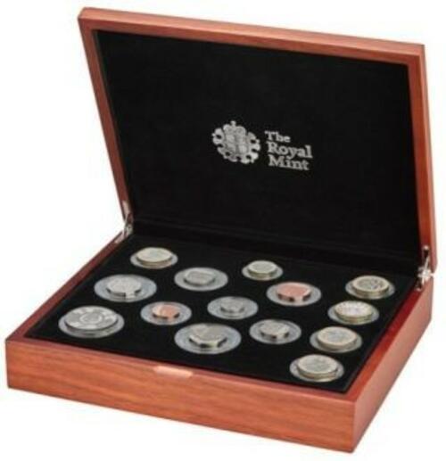 Lieferumfang:Großbritannien : 15,38 Pfund Kursmünzensatz-Premium Version  2020 PP