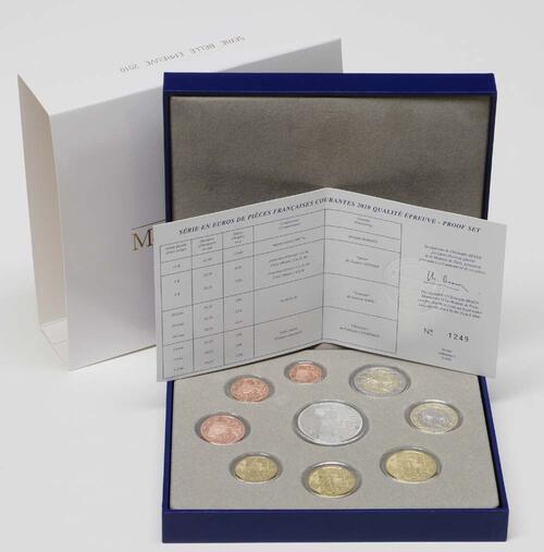 Lieferumfang:Frankreich : 18,88 Euro original Kursmünzensatz der französischen Münze inkl. 15 Euro Gedenkmünze  2010 PP KMS Frankreich 2010 PP