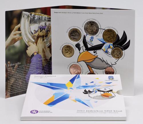Lieferumfang:Finnland : 3,88 Euro original Kursmünzensatz der finnischen Münze - Eishockey WM IIHF  2012 Stgl. KMS Finnland 2012 Eishockey