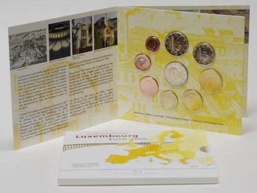 Lieferumfang:Luxemburg : 5,88 Euro original Kursmünzensatz aus Luxemburg mit zusätzlicher 2 Euro Gedenkmünze Wappen des Grossherzogs Henri  2010 Stgl. KMS Luxemburg 2010