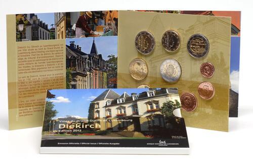 Lieferumfang:Luxemburg : 7,88 Euro KMS Luxemburg inkl. 2 Euro Gedenkmünzen Guillaume und Euro Bargeld  2012 Stgl.