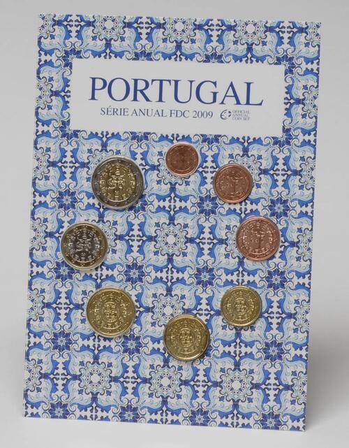 Lieferumfang:Portugal : 3,88 Euro original Kursmünzensatz aus Portugal FDC  2009 Stgl. KMS Portugal 2009 FDC