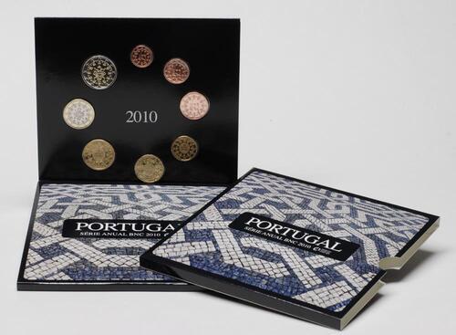 Lieferumfang:Portugal : 3,88 Euro original Kursmünzensatz aus Portugal  2010 Stgl. KMS Portugal 2010 Stgl.