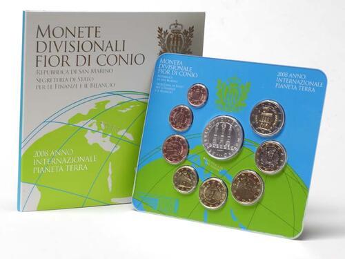 Lieferumfang:San Marino : 8,88 Euro original Kursmünzensatz aus San Marino mit 5 Euro Gedenkmünze  2008 Stgl. KMS San Marino 2008