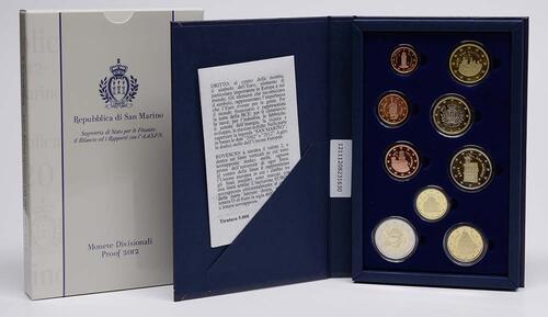 Lieferumfang:San Marino : 5,88 Euro KMS San Marino mit 2 Euro Gedenkmünze 10 Jahre Euro Bargeld  2012 PP