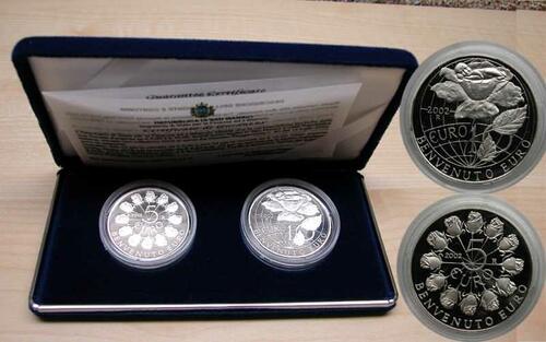 Lieferumfang:San Marino : 15 Euro Set : 5 und 10 Euro Willkommen Euro  2002 PP