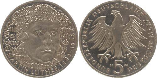 Lieferumfang:Deutschland : 5 DM Luther  1983 vz/Stgl.